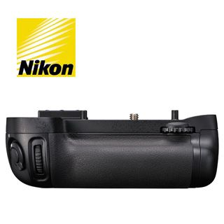 Nikon MB-D15 battery grip pre Nikon D7100 / 7200