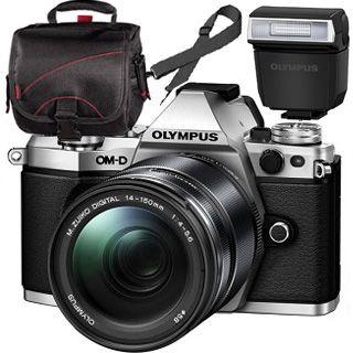 Olympus OM-D E-M5 Mark II silver + ED 14-150mm black + blesk + TAŠKA Zadarmo !